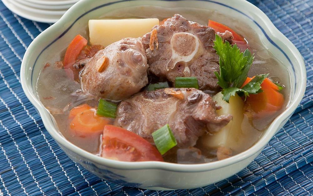 Soup Buntut (Javanese Oxtail Soup)